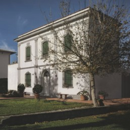 Restoration and expansion of Villa C, Pisa – Main facade